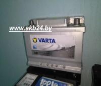 Аккумулятор Varta 61 А/h.